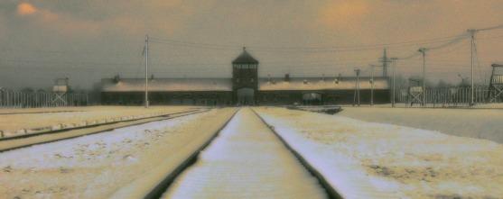 Auschwitz_II_snow_fhdr2
